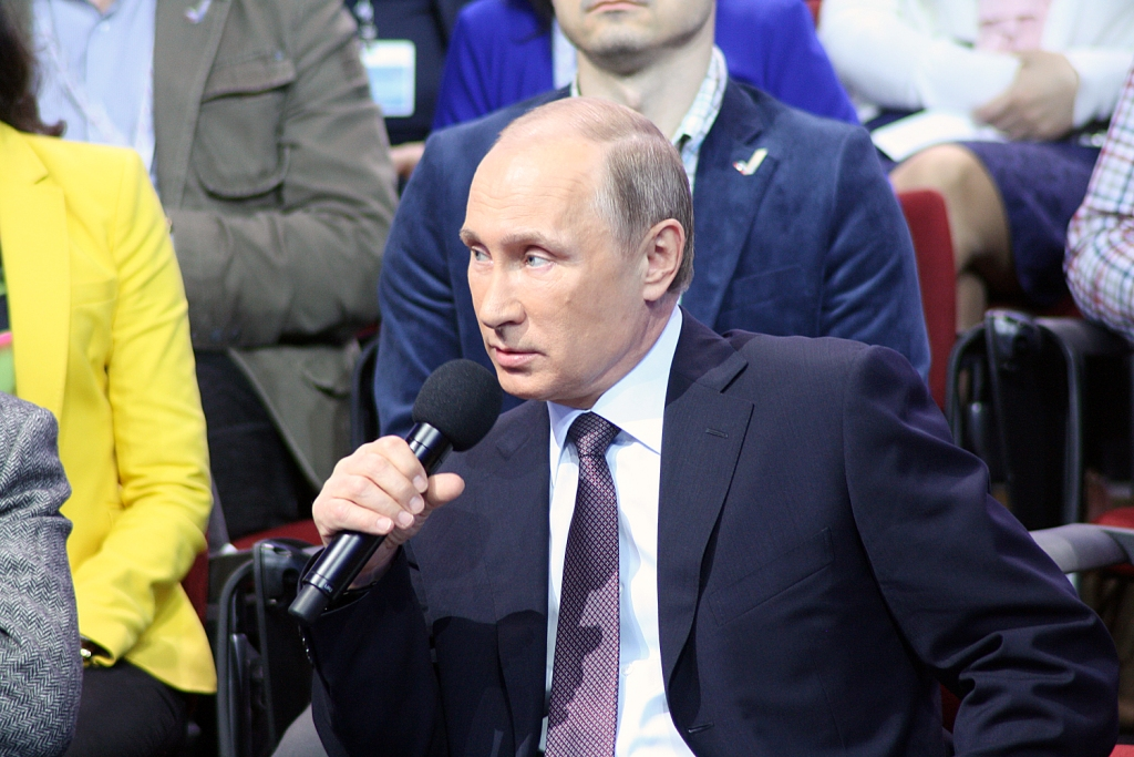 Mediaforum 28 apr 2015 ONF Putin 4